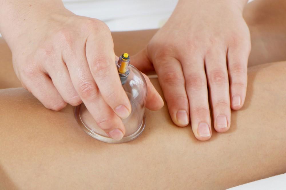 Антицеллюлитный массаж в домашних условиях 👍. Как правильно делать 🤔 массаж от целлюлита в домашних условиях?