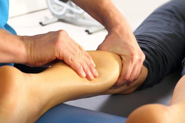 Массаж мышц голени